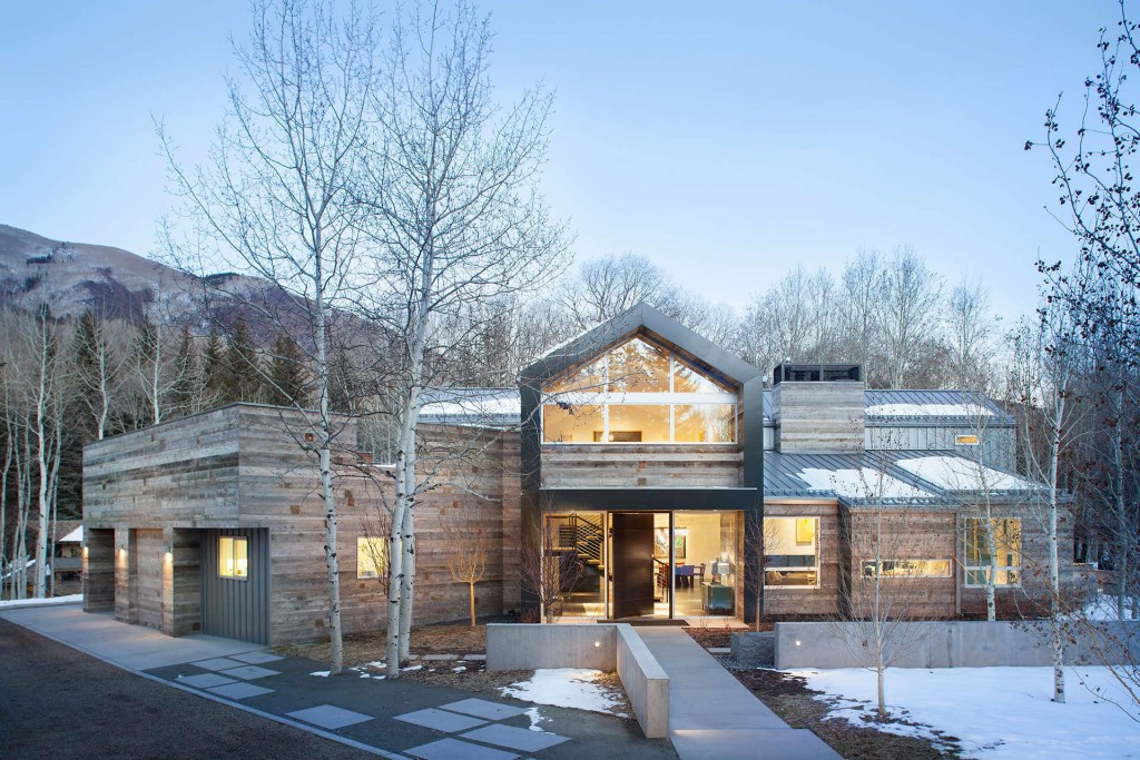 Black-Birch_01_Front-Facade-11-1024x683